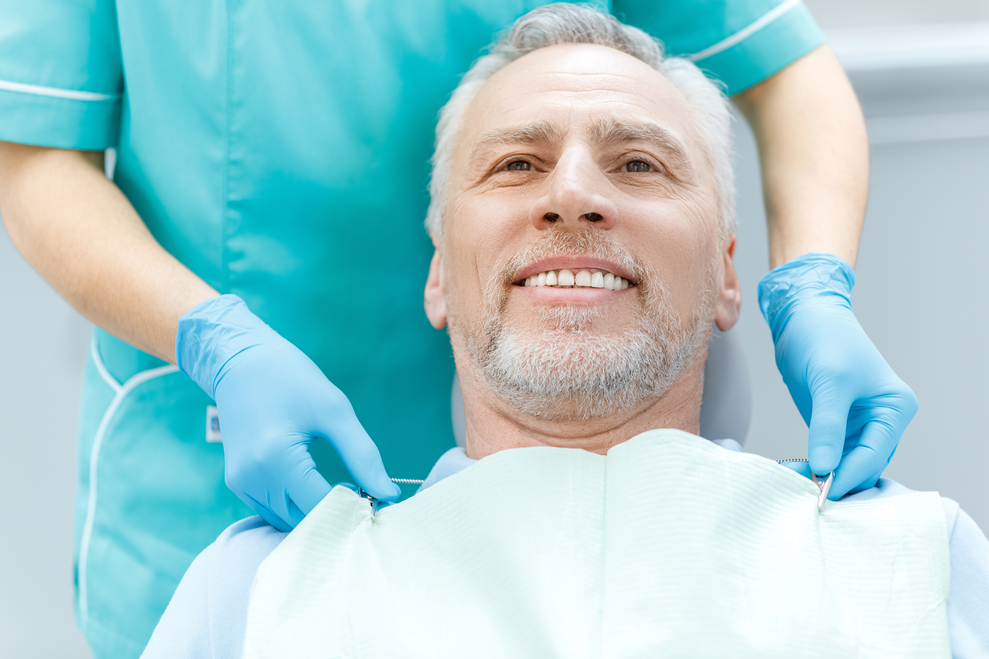 who is the best oral surgeon in coral springs