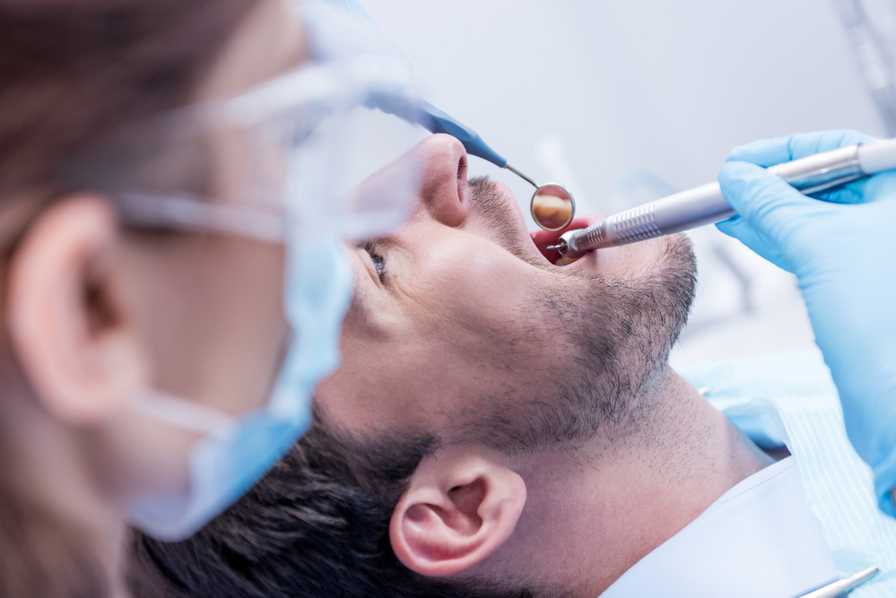 Where can I find an oral surgeon in Aventura?