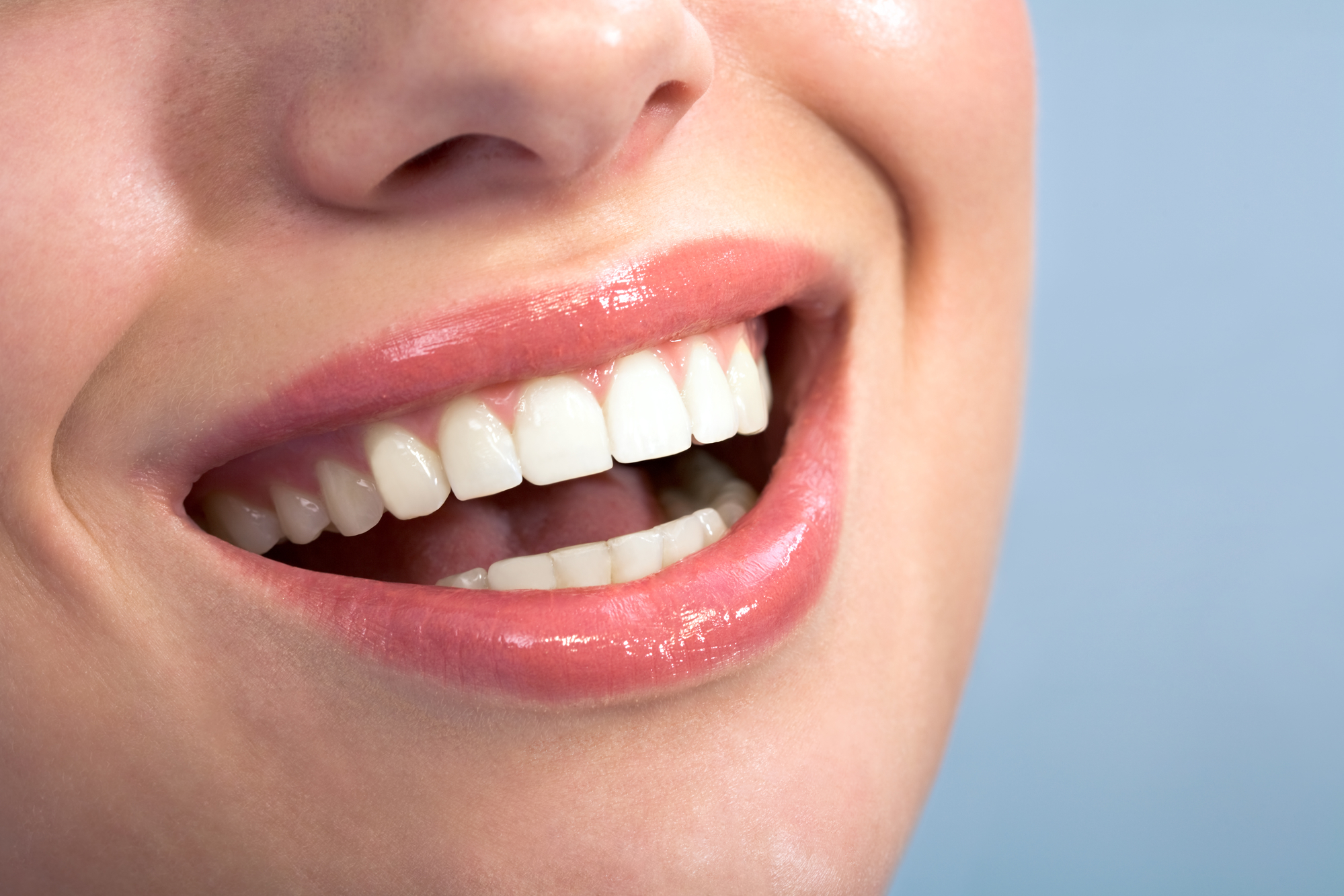 who can help me find good dental implants in pembroke pines?