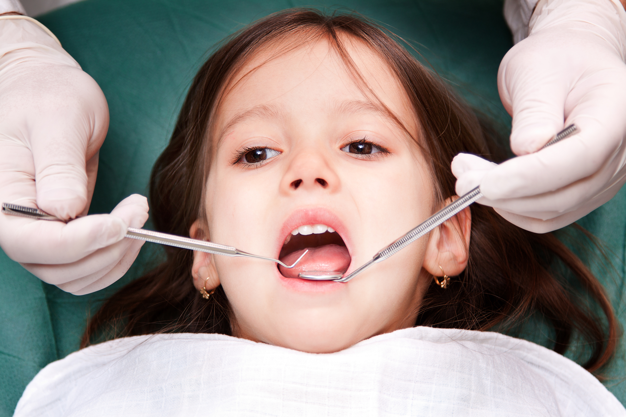 who offers good plantation oral surgery?