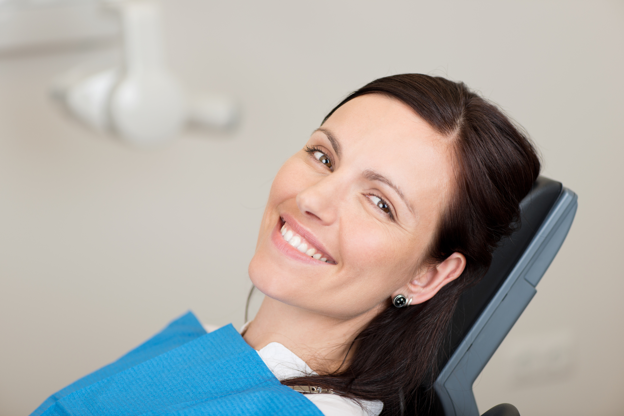 who offers dental implants pembroke pines?