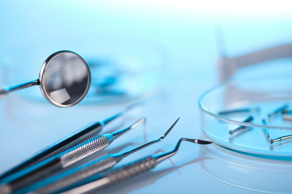 who offers oral cancer screening miami beach?