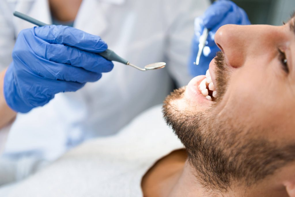 where is the best oral cancer screening aventura?